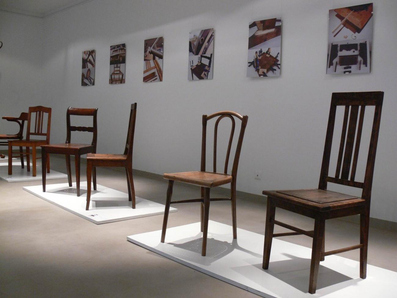 Taikomųjų kultūros paveldo tyrimų ir konservavimo centro restauruotų baldų ekspozicija Mažeikių muziejuje